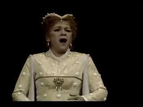 """Ileana Cotrubas & Luis Lima in """"Don Carlo"""" (Act II)"""