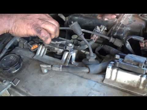 How To Replace the Ignition Wires on a 2003 Mitsubishi Galant
