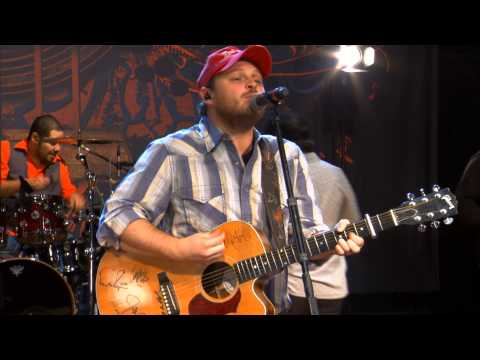 Josh Abbott Performs