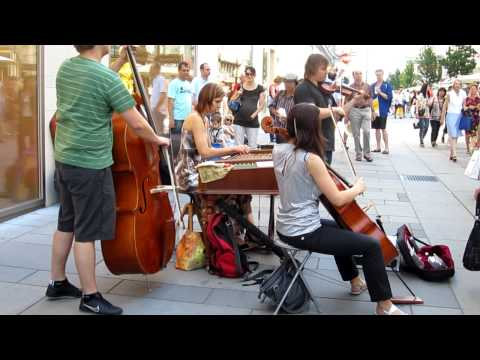 Quartet CiMBALLiCA playing Nothing Else Matters in the middle of Vienna