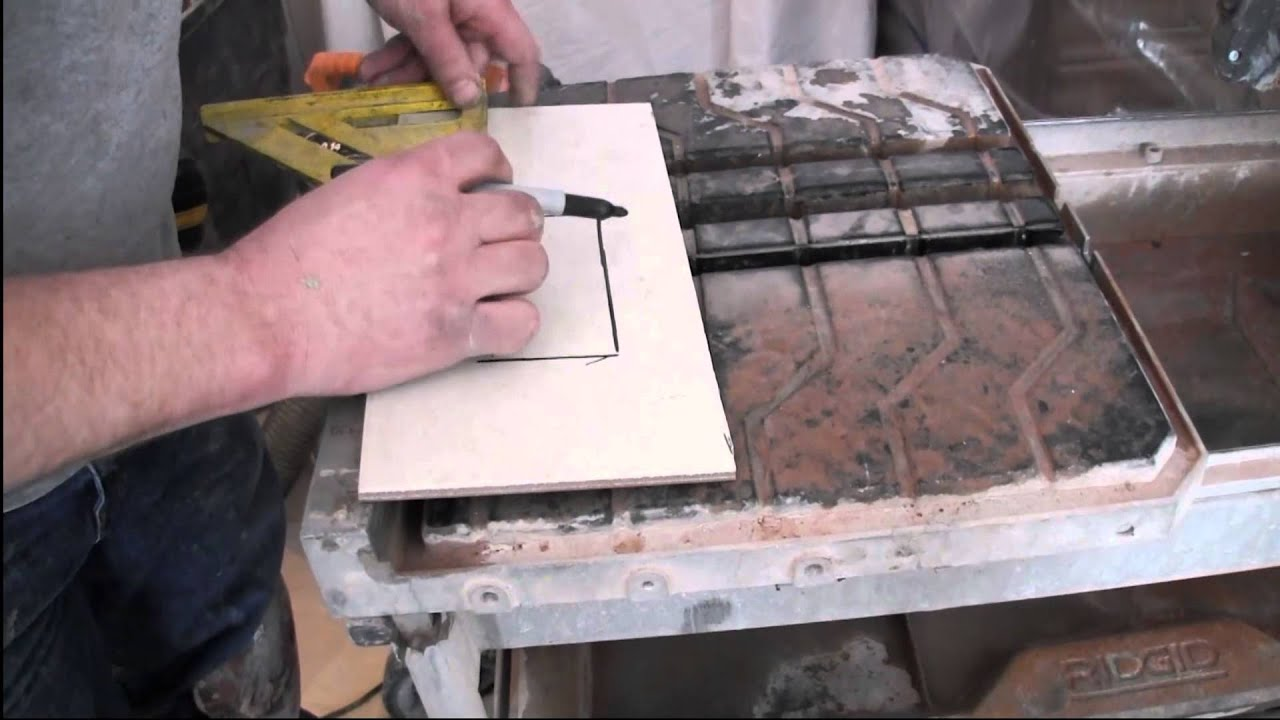 How To Cut Porcelain Tile Using A Wet Saw Youtube