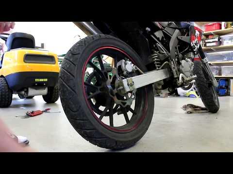 Hur man lätt trimmar moped/motorcykel (byta drev på moped)