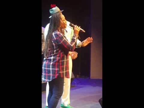 Eric Roberson And Lalah Hathaway Sing Dealing At Howard Theater