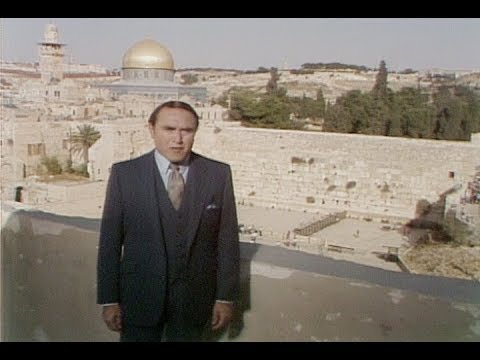 Morris Cerullo on The Sound of Trumpets - Wailing Wall