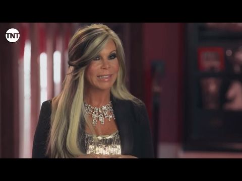 Guns, Snakes, and Jesus | Private Lives of Nashville Wives | TNT
