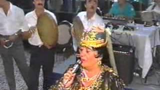 פנחס בקייב שר ששמקום בוכרי עם הזמרת טופחון туфахон пинхас бакаев шашмаком  .