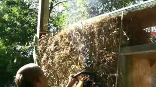 Budowa w technologii straw bale, czyli z gliny i słomy