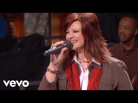 Charlotte Ritchie, Jeff & Sheri Easter - In Everything Give Thanks [Live]