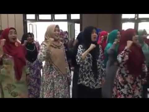 Latihan Padus PC Fatayat Jombang Untuk Harlah Muslimat 73 Th 2019
