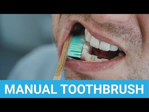 how-to-brush-your-teeth-properly-with-a-manual-toothbrush