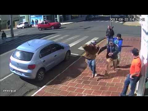 VÍDEO: Câmera de segurança flagra tentativa de homicídio em Fraiburgo