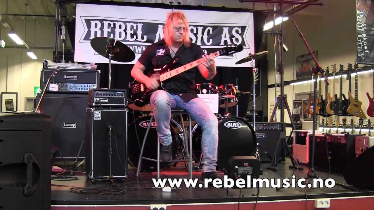 ampeg svt micro classic stack demo fra rebelmusic as youtube. Black Bedroom Furniture Sets. Home Design Ideas