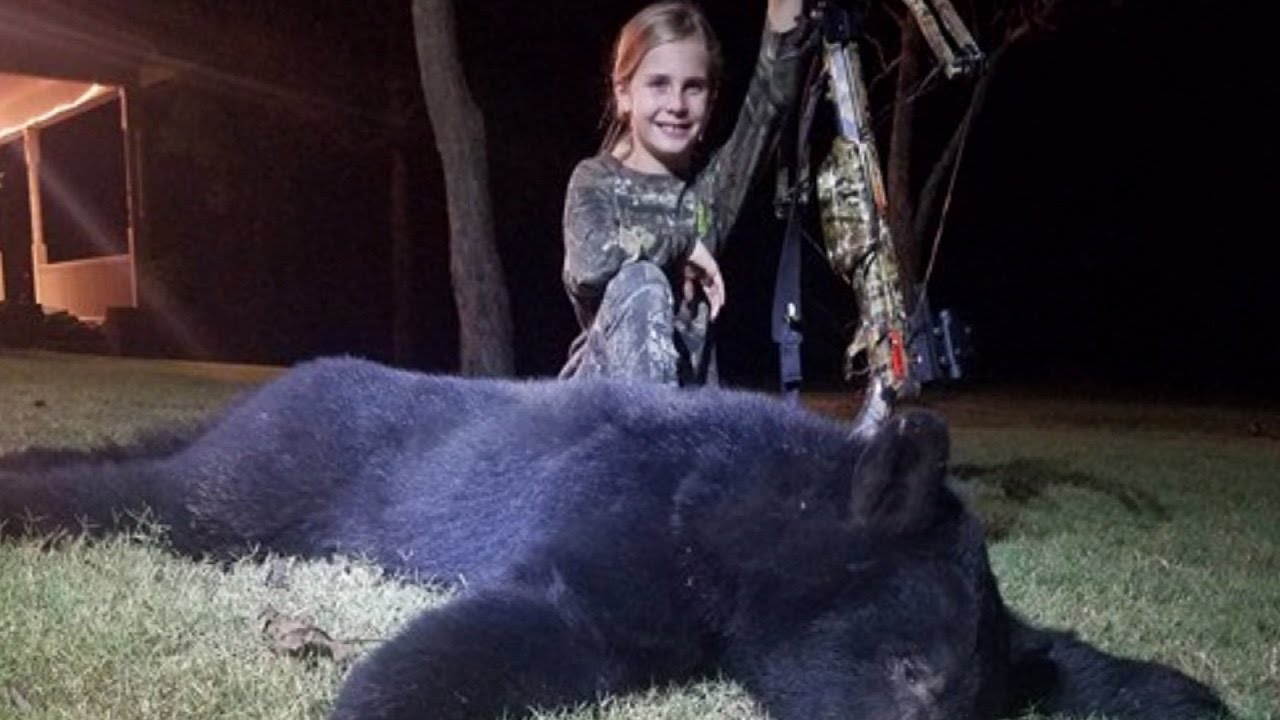 mom-says-she-s-proud-of-her-10-year-old-daughter-for-killing-enormous-black-bear