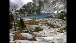Tuck Lake & Robin Lakes Hike