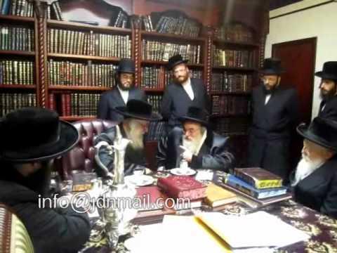 R' Mendel Hager of Viznitz visiting Viener Ruv in NY - Cheshvan 5771