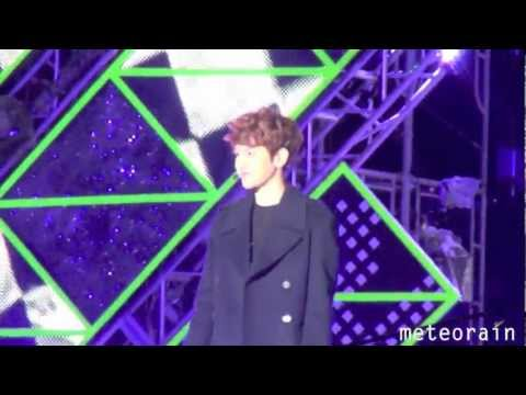 [FANCAM] 121231 MBC Gayo Daejun History Baekhyun (&Chanyeol)