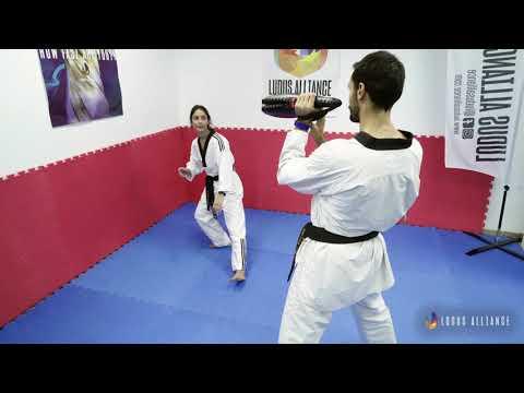 Ludus Alliance - Training Center | Side Lunge to Back Naeryeo Chagi - Explosive Power (Taekwondo)