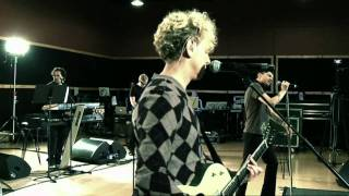 DEPECHE MODE | Tour Of The Universe Rehearsals: Walking In My Shoes