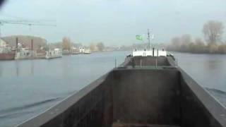 Binnenvaart Op De Maas