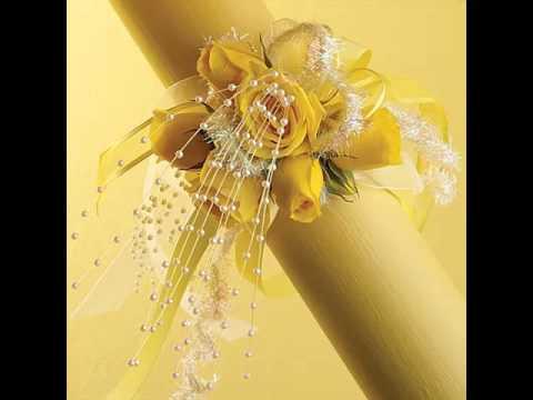 beautiful-pics-of-yellow-corsages-romance