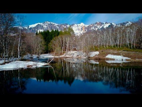 [ 4K Ultra HD ] 絶景空撮:秘境 秋山郷の春 Seclud