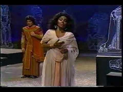 "Aida - Act III ""Qui Radames Verra"" - Part Three"