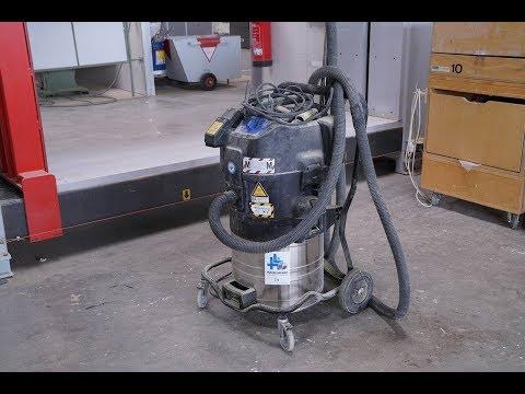 NILFISK industrial vacuum cleaner (Höchsmann Klipphausen)