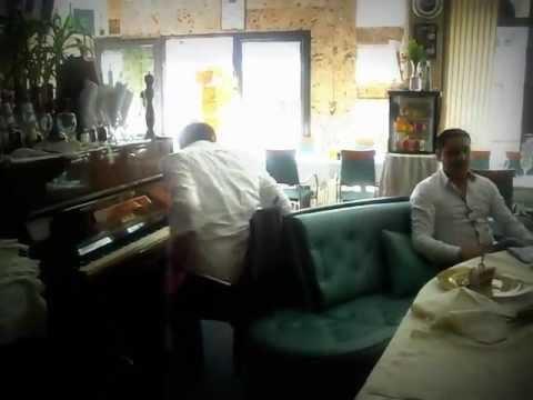 Montenegrin Live Music at Restaurant Grand Ulcinj Montenegro www.Ulcinj365.com