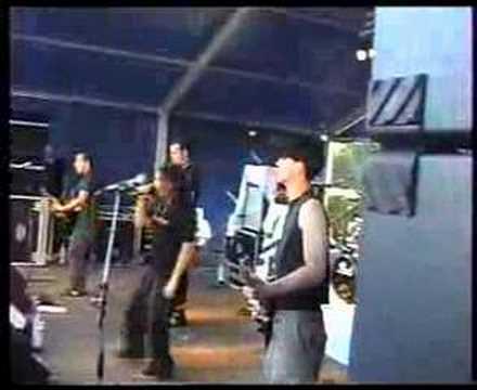 Dreadlock Pussy Indorppop 2001, Zuidwolde Drenthe