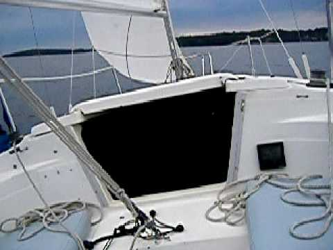 1991 MacGregor 26S sailboat sailing Long Island Sound (Swing Keel)  fractional rigged - JJ Maren