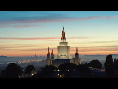 A Look Inside the Renovated Oakland California Temple