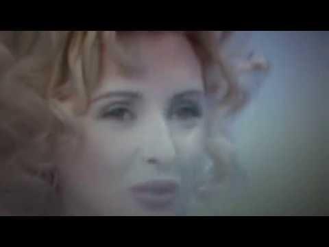 Tina Cipollari corteggiatrice la Scelta 2000 - Sintesi