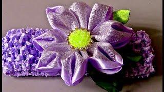 Inédito novo modelo de flor de fitas de cetim e organza