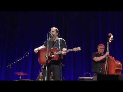 "Steve Earle speaks about Guy Clark & at 3:54 sings ""Goodbye Michelangelo"" (Nashville, 21 July 2017)"