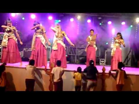 SILUKKU MARAMAE -Awesome Dance Performance I Vishal I Paayum Puli I D Imaan I