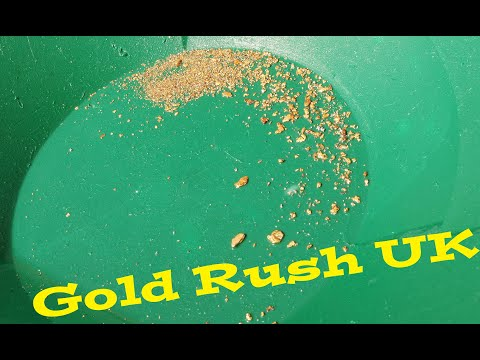 GOLD PANNING IN THE UK