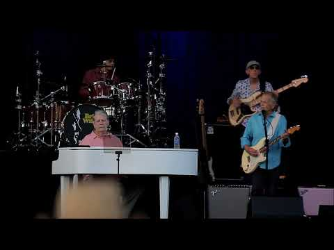 Brian Wilson at Rock The Shores 2018: Wake the World Mp3