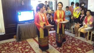รำสี่ภาค Traditional Thai Dancing from the 4 regions of Thailand