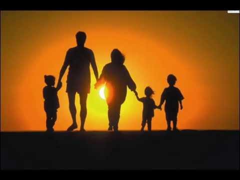 LA FAMILIA - ELVIRA PIÑA