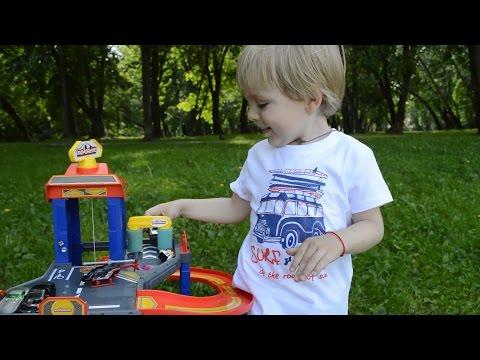 Cмотреть видео онлайн Детский трек для машинок автопарковка 5 уровней. Kids track for cars parking 5 levels.