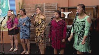 Tonga Sisters sing on Living808