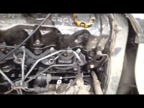 Nissan VANETTE Engine starting and Running - YouTube