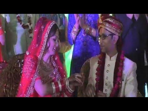 America की दुल्हन और Firozabad के दूल्हे की शादी | NYOOOZ UP