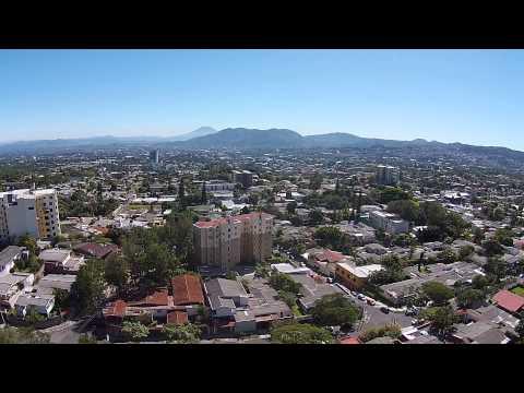 Video Drone de San Salvador, El Salvador la colonia Escalon. info@mediatechgt.com