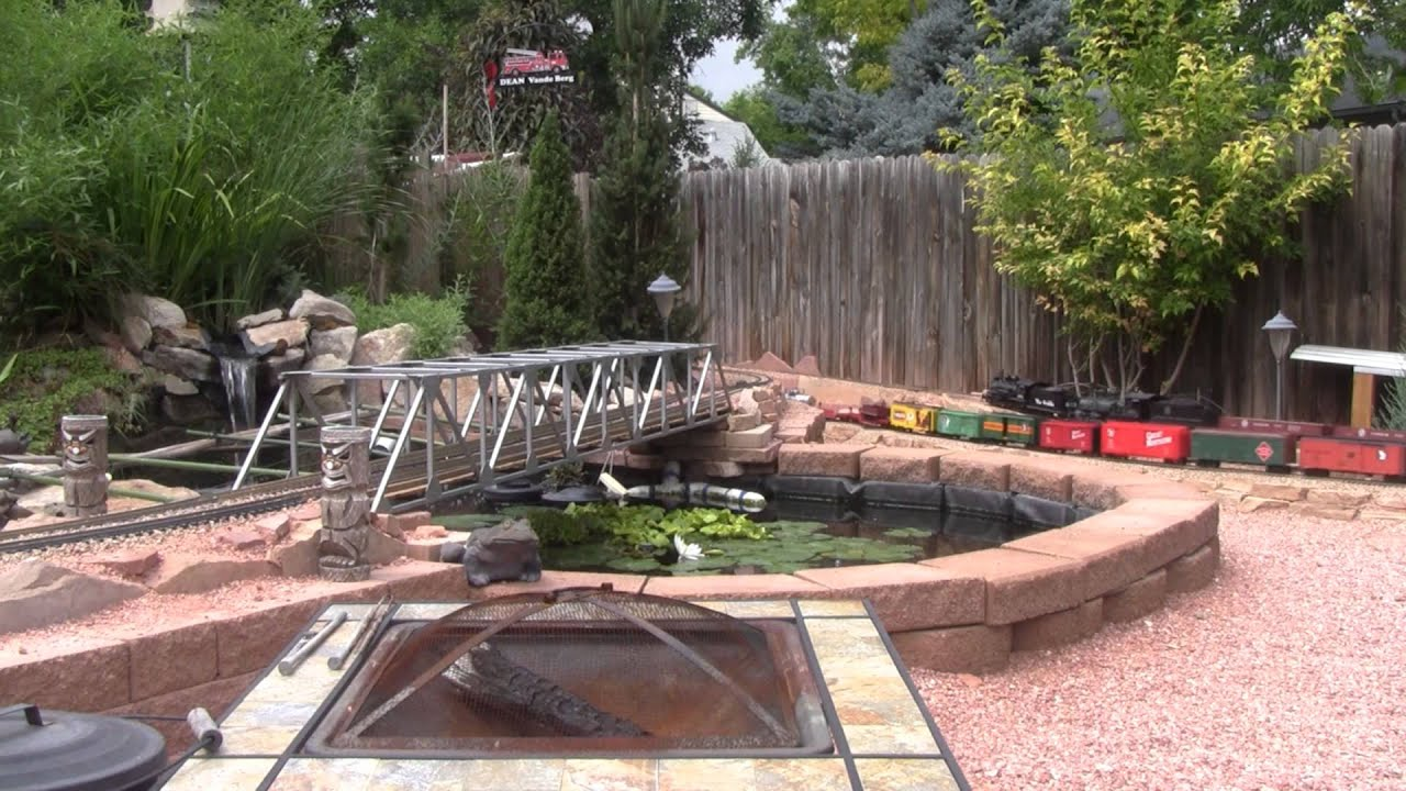 Red Rocks Route Railroad-Garden Railway Tour - YouTube