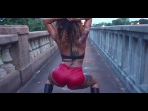 Twerking To Trey Songz #TwerkTeam