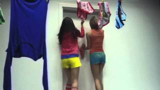 Erdem Kınay Feat. Serdar Ortaç - Yorum Yok 2013  Klip  Yenİ