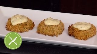 Baked Crab Cakes With Lemon Mustard Sauce | Kitchen Daily