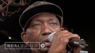 Thomas Mapfumo - Kuvarira Mukati (live at Africa Calling)