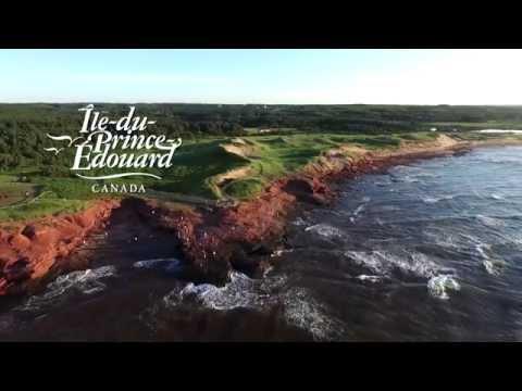 Vue aérienne des magnifiques paysages de l'Île-du-Prince-Édouard
